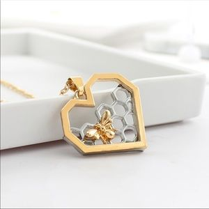 Jewelry - Bee honeycomb gold & silver heart necklace